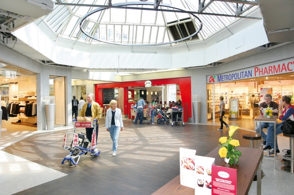 Shopping Boulevard Terminal 1